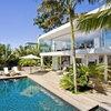 15 примеров домов белого цвета