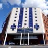 Восьмиэтажный отель Travelodge, в Аксбридже, Западный Лондон.