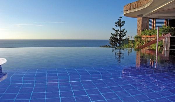 30 бассейнов без границ - примеры дизайнов бассейнов.