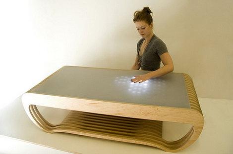Кофейный столик – интерактивный и пульсирующий