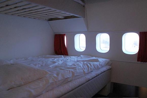 Необычный отель в старом Боинге-747 на территории аэропорта Арланда