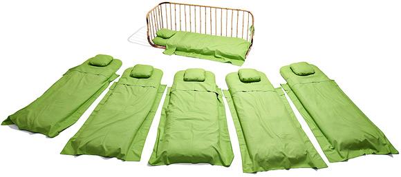 Софа-кровать из матрасов
