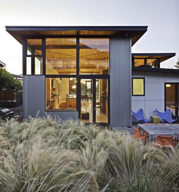 Проект жилого пляжного дома в Калифорнии.