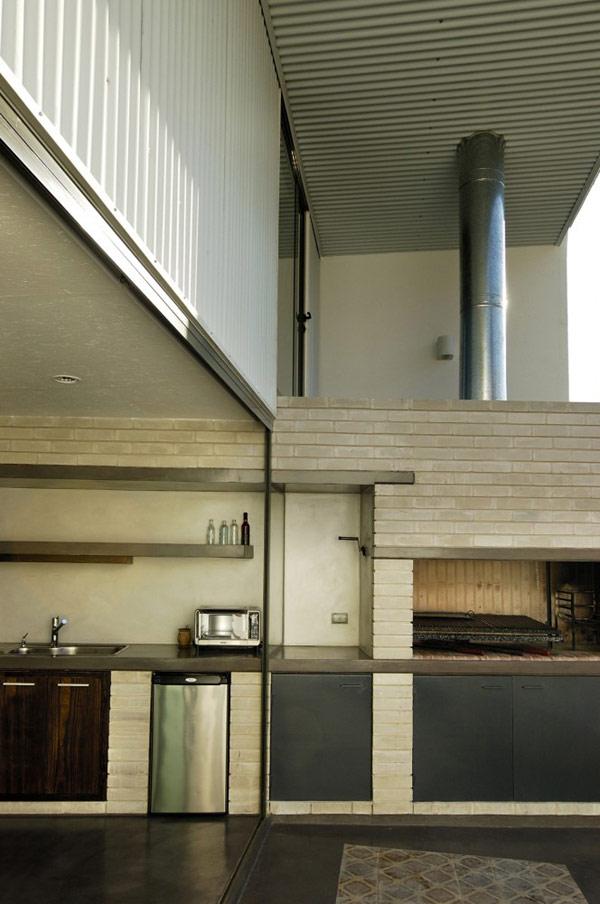 Интерьер дома в стиле лофт офисного и представительского предназначения.