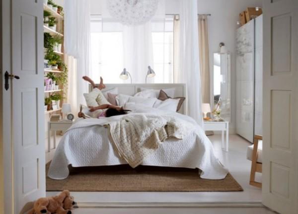 Как сделать кровать основным элементом спальни.