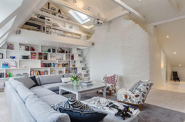 Интересные дизайнерские идеи для квартиры на верхнем этаже.