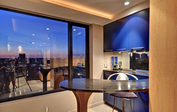 Апартаменты класса люкс в жилом доме-башне.