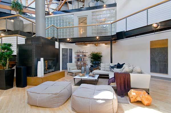 Проект просторной квартиры в стиле лофт.