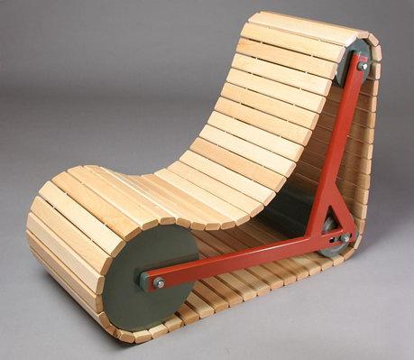 Стул-кресло в виде гусеницы