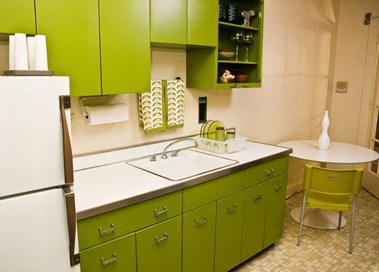 Оформить интерьер кухни в зеленых оттенках