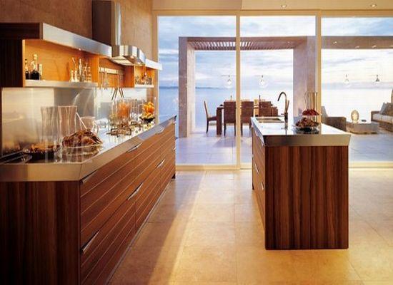 Кухня в коричневом
