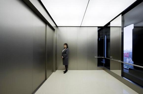 Японский лифт на 80 человек