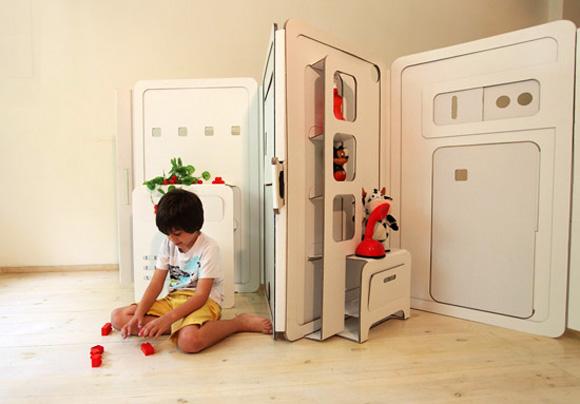 Детская складная игровая площадка из картона