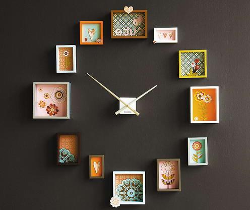 Настенные часы с картинами в технике аппликации из ткани