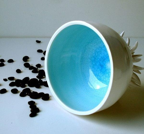 Дизайнерская кофейная чашка в виде морского ежа.