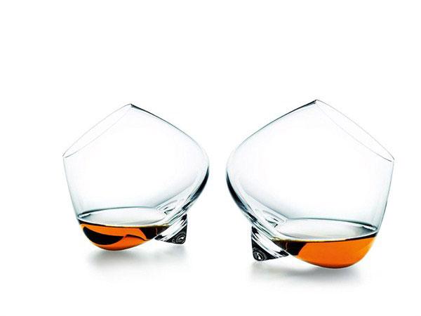 Стильные бокалы без ножки от Normann Copenhagen.