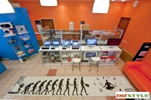 Мобильные перегородки в магазине KEYSTORE
